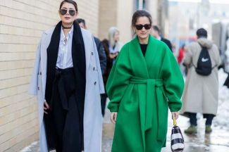 the-latest-street-style-from-new-york-fashion-week-2140430.600x0c