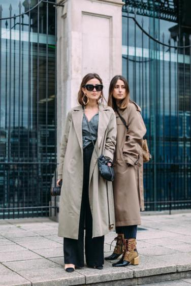 bgpcv1-l-610x610-coat-london+fashion+week+2017-fashion+week+2017-fashion+week-streetstyle-grey+coat-grey+trench+coat-trench+coat-shirt-stripes-striped-pants-black+pants-wide+leg+pants-boots-ankle+b
